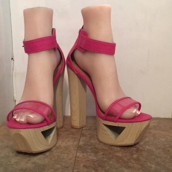 Qupid pink platform wood look heels sz 8 5